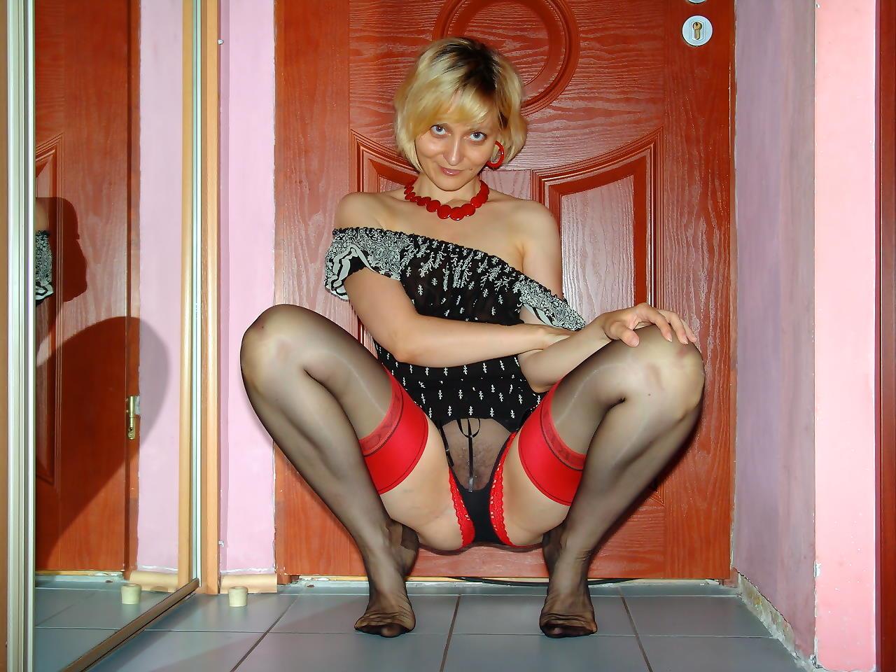 Зрелые женщины в чулках эротика