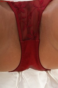 Dip Down In Her Sexy Skirt, With A Full View Of Red Panties